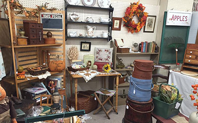 Picture of furniture, antiques and collectibles from Antique Dealer Booth 400