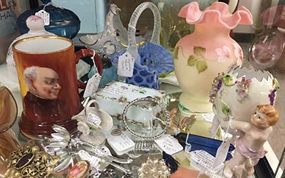 Image of antique dealer booth 10 collection